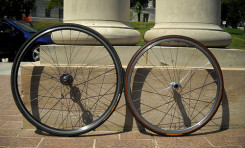 700c vs 26inch Wheel Size for Bicycle Touring