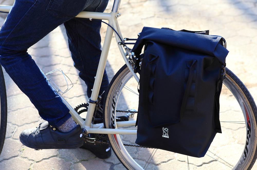 Chrome Saddle Bag RollTop Pannier 20