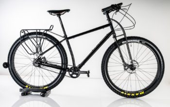 """This Jones Plus Touring Bike With 29x3.0"""" Tyres Will Conquer Almost Any Trail"""