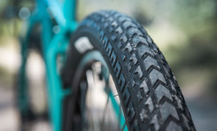 "Surly Releases ExtraTerrestrial 2.5"" Touring Tyres"