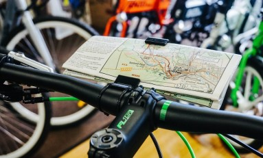 Love Paper Maps? Life Ultralight Brings A 19g Bike Map Holder To Your Handlebars