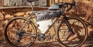 CrankTank4: A Smart, Space-Efficient Way To Carry 4L of Water On The Bike